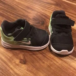 Nike shoes for baby, size 4